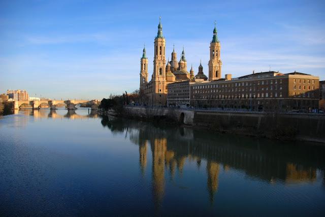 A Espanha da Rainha Isabel de Castela (série Isabel) - Zaragoza