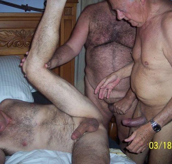 Секс самых старых геев видео