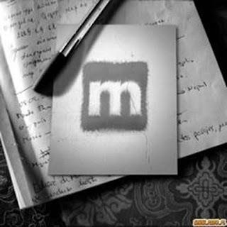 Diario aperto con penna e logo Musicland