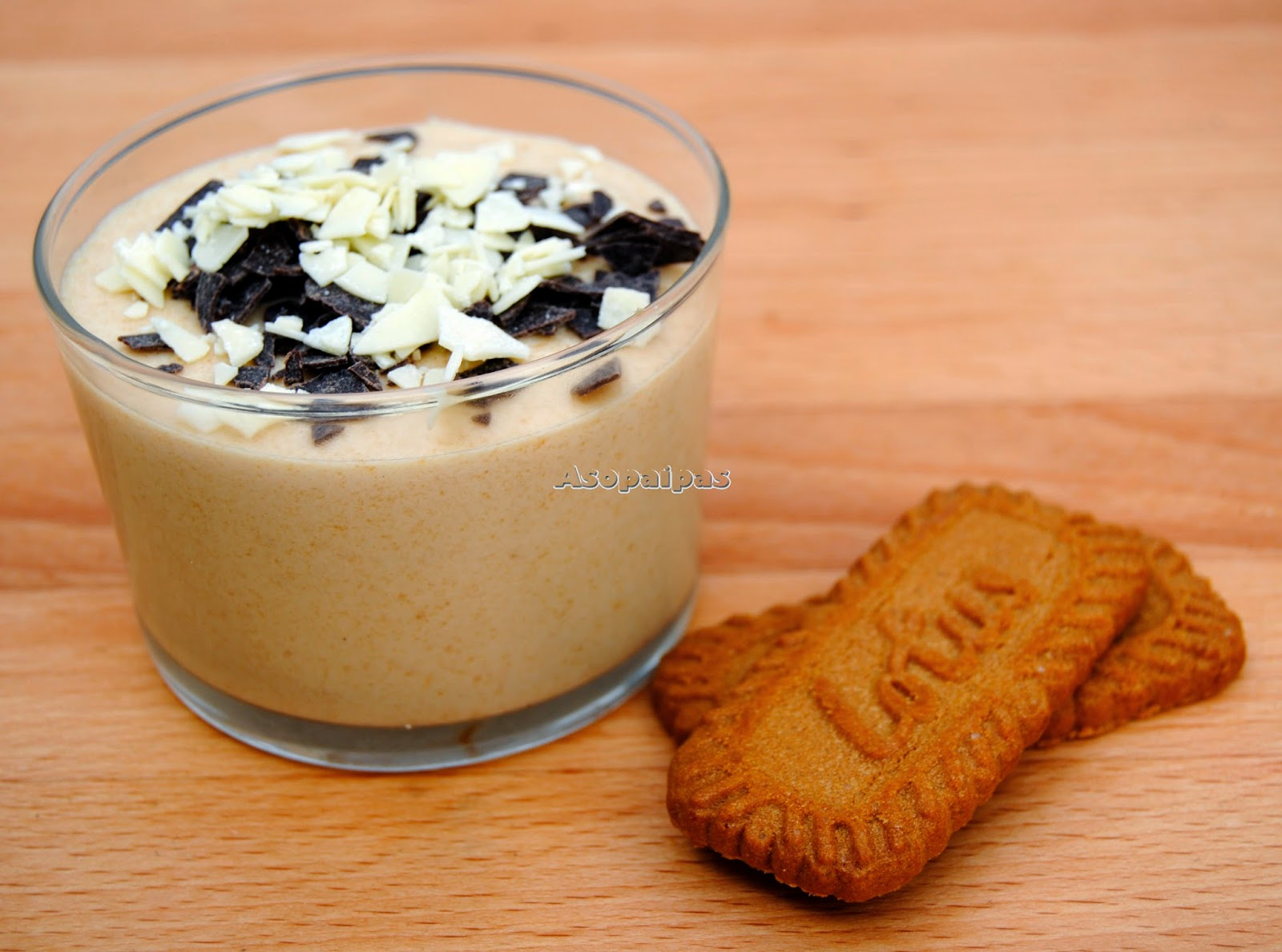 Mousse de Chocolate Blanco con Spéculoos