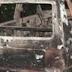 Homens armados ateiam fogo em veículo e efetuam disparos de arma de fogo em Laranjeiras