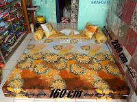 Contoh Sofa bed inoac ukuran nomor 2 saat difungsikan sebagai kasur