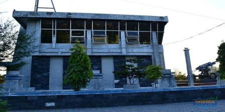 Melihat Koleksi Sejarah di Monumen Bahari Kota Tegal