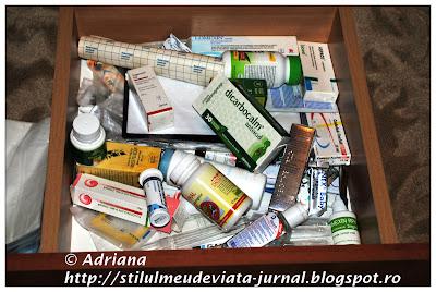 sertar cu medicamente