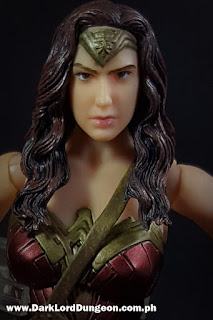 Mafex BVS Wonder Woman Action Figure