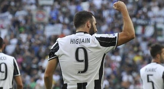 """JUVENTUS, Higuain: """"Non ho esultato perché rispetto il Napoli""""."""