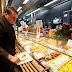 Bolsonaro almoça em 'bandejão' antes de discursar em Davos