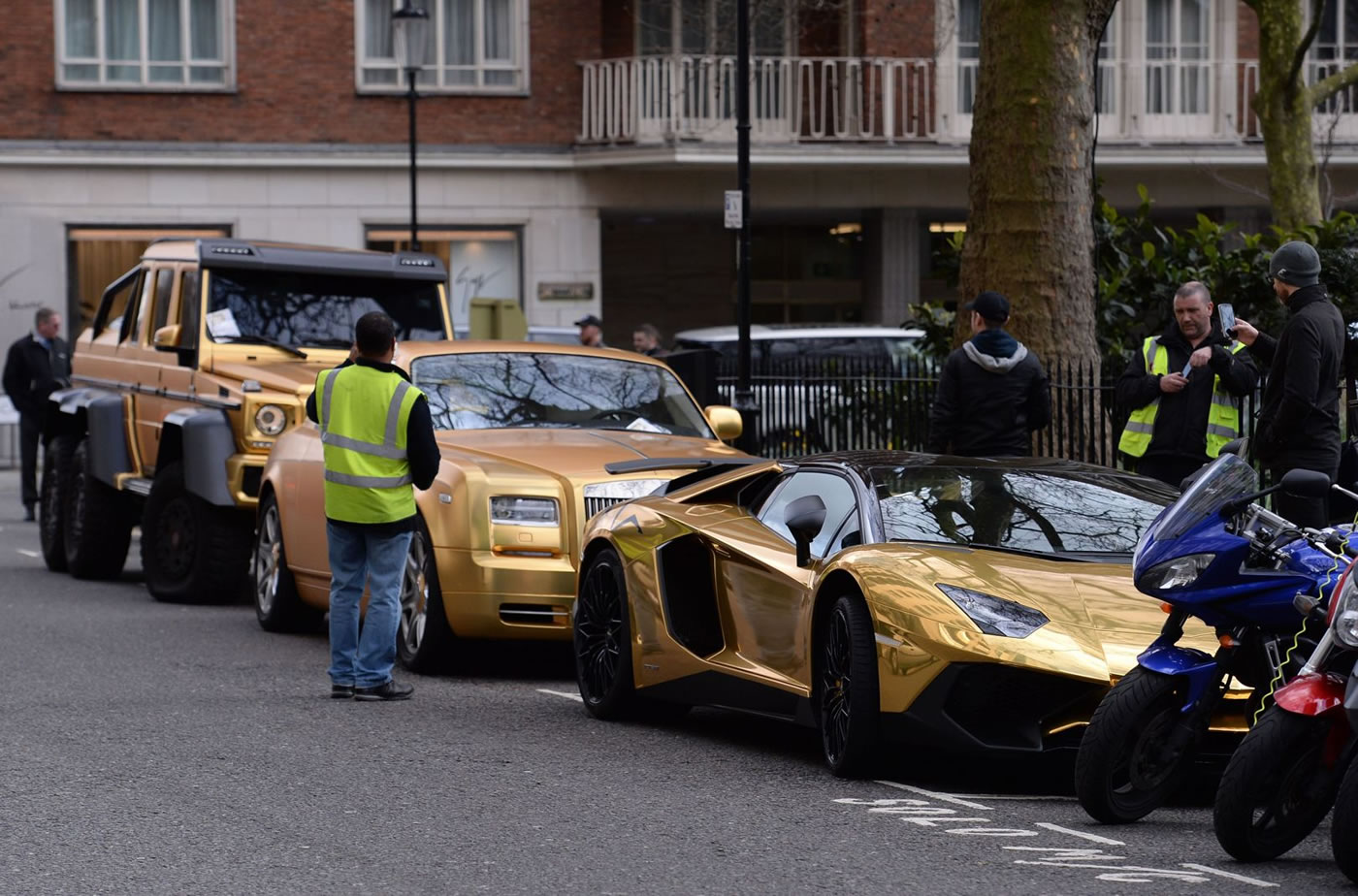 Passion For Luxury Super Rich Saudi Arrives In London