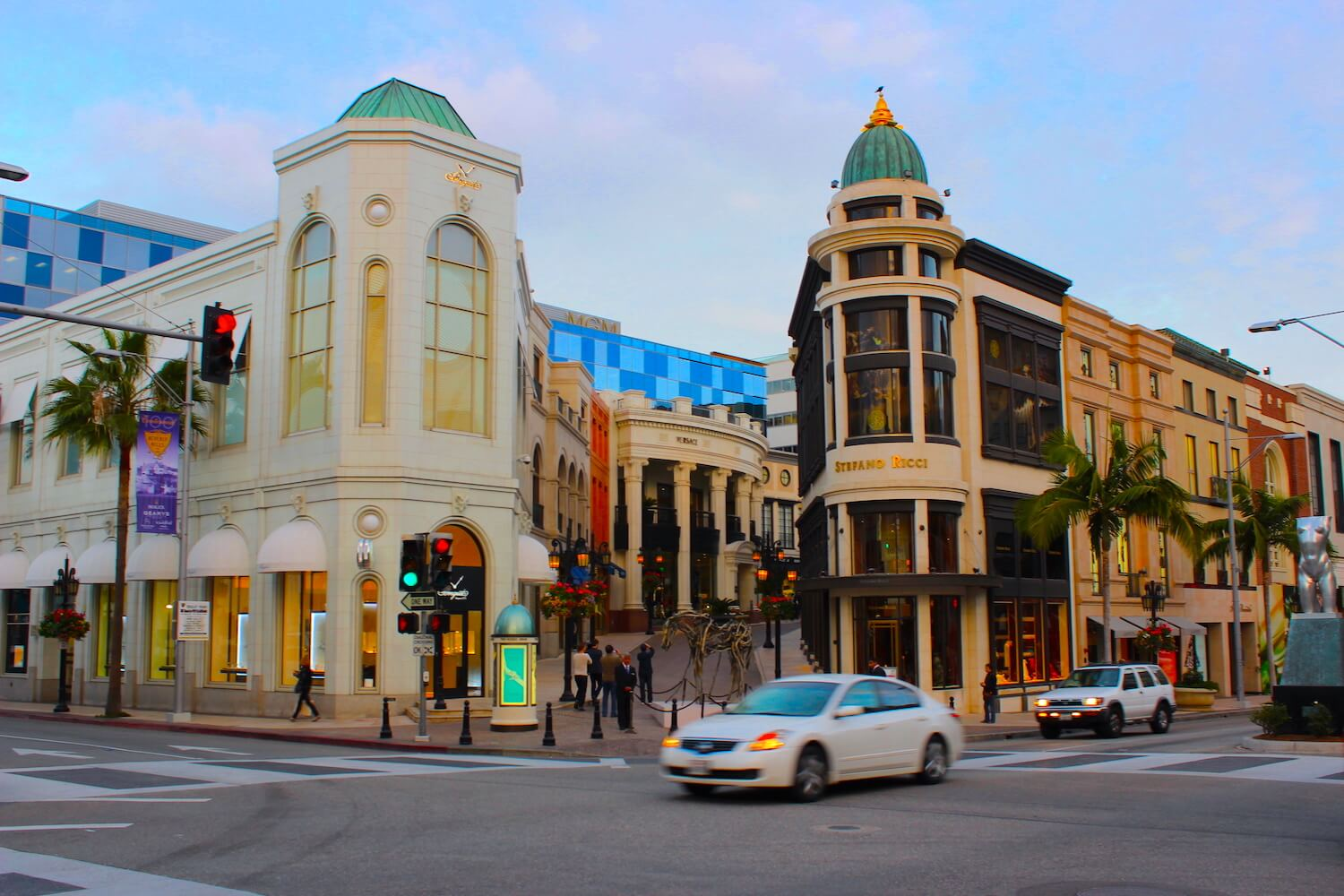 rodeo drive entrance