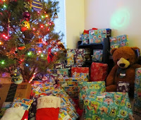 En las navidades compartimos regalos y comidas