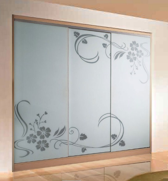model lemari baju 3 pintu modern