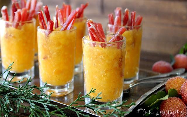 Vasitos salados de caqui persimón y jamón. Julia y sus recetas
