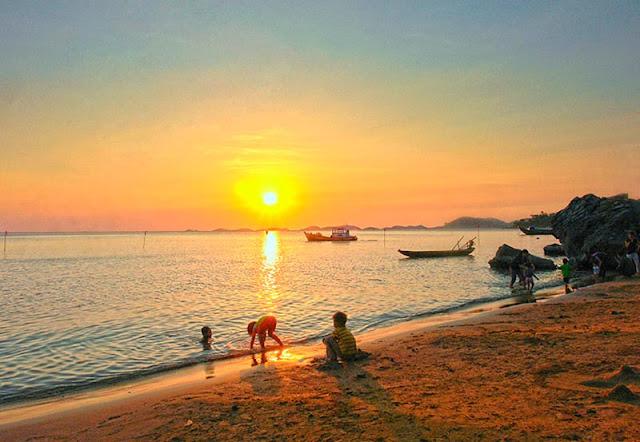 Top những bãi biển đẹp tại Đà Nẵng cho dịp du Xuân Du-lich-bien