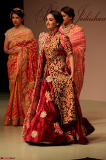 Pallavi Jaikishan Celete 45year In Industry witha beautiful Fashion Show 04.JPG
