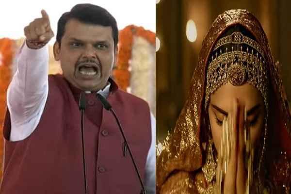 devendra-fadnavis-criticize-film-padmavati-itihas-se-chhedchhad