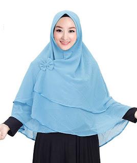 Tips Memakai Jilbab Sesuai untuk Wajah Tirus