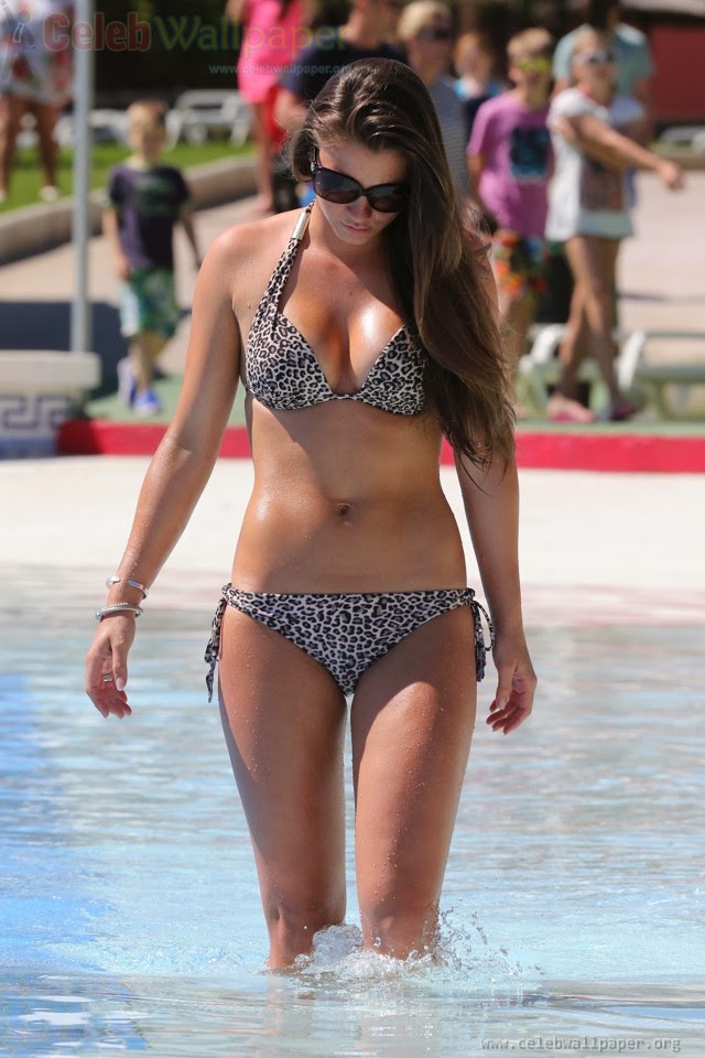 Brooke Vincent Hot bikni Pictures