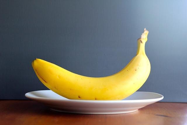 فوائد الموز لماذا عليك تناول الموز باستمرار !