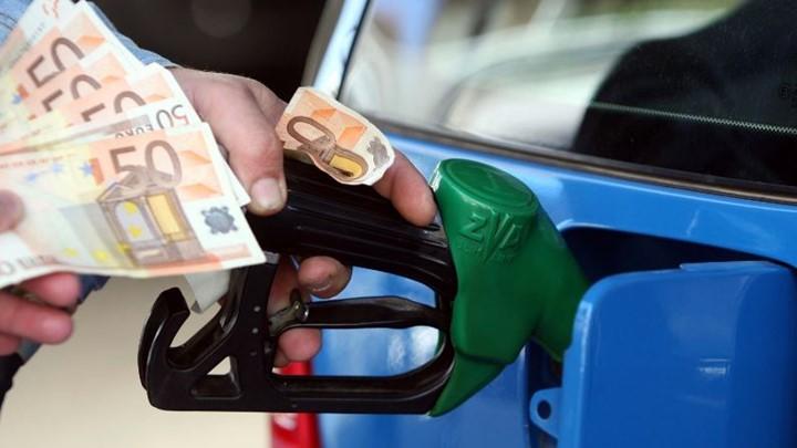 Η μεγάλη κλοπή στη βενζίνη – Έφτασε σχεδόν 2 ευρώ το λίτρο