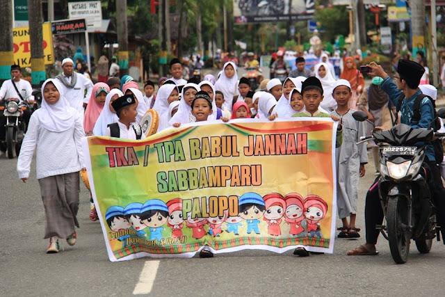 Ribuan Orang di Palopo Ikut Pawai Peringatan Tahun Baru Islam 1438 H
