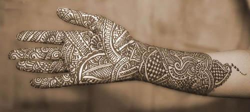 Best Simple Mehandi Design For Full Hands