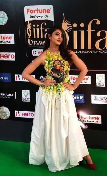 Actress Aindrita Ray at iifa utsavam awards 2017