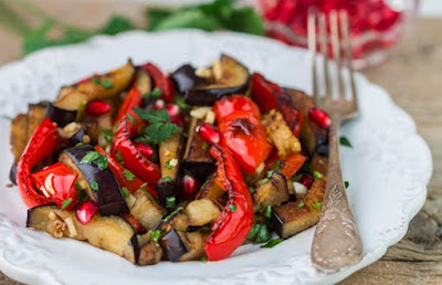 Aubergine aux légumes:recettes végétaliennes