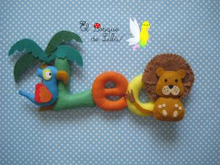 nombre-fieltro-Leo-león-loro-palmera-animales-felt-name-regalo-nacimiento-decoración-infantil-elbosqudelulu-hechoamanoparati
