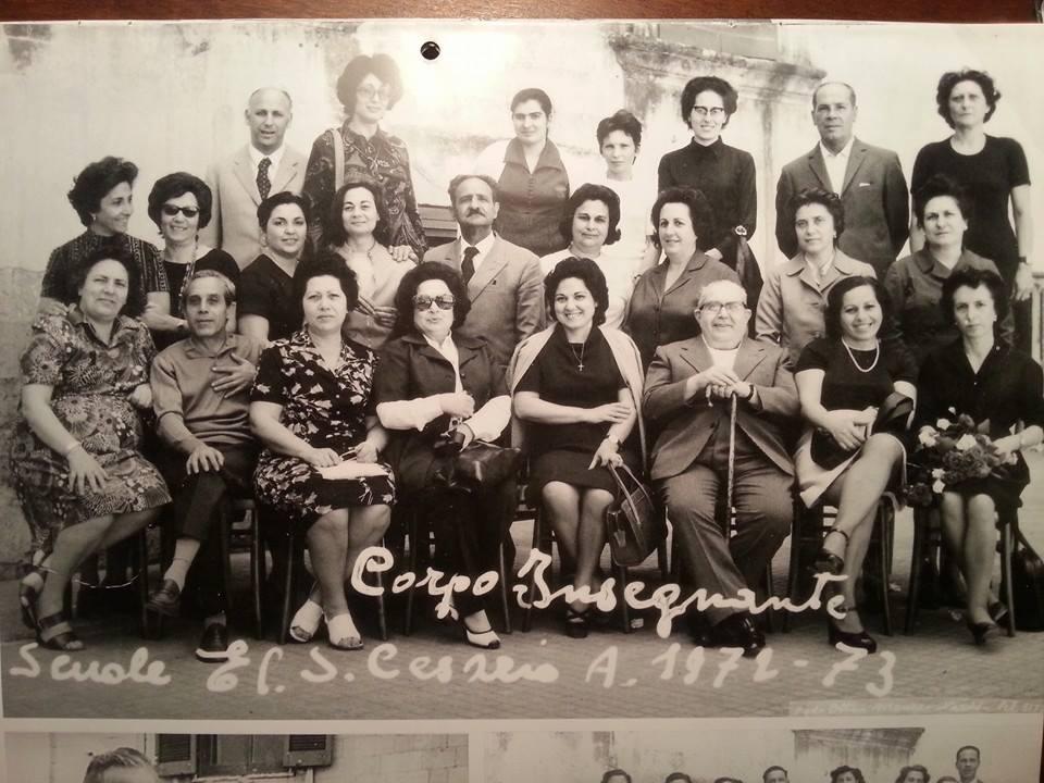 Tutto il corpo insegnante delle scuole elementari di san for Albanese arredamenti san cesario lecce