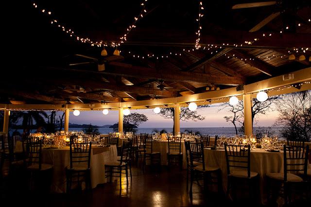 DIY beach destination wedding in Costa Rica | photos by Comfort Studios