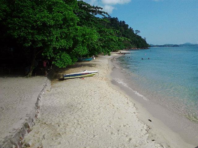 Pasir Putih Pantai Mirota