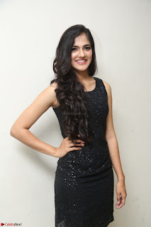 Simran Chowdary Model in Beautiful Black Dress at FBB Miss India 2017 finalists at Telangana auditions (21).JPG