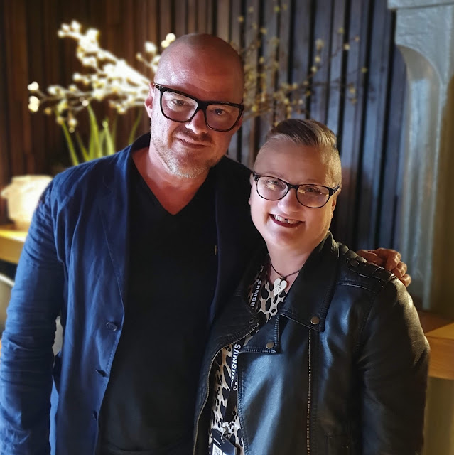 madmumof7 with Heston Blumenthal taken #WithGalaxy S10 phone