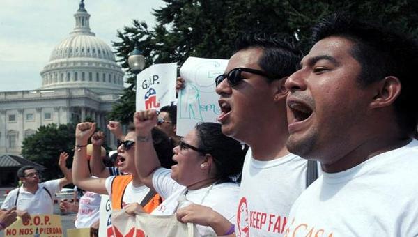 Detienen a 30 personas en EE.UU. por apoyar la reforma migratoria