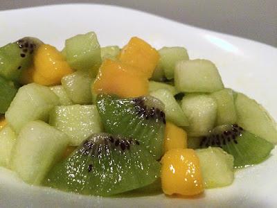 Owocowa sałatka z kiwi