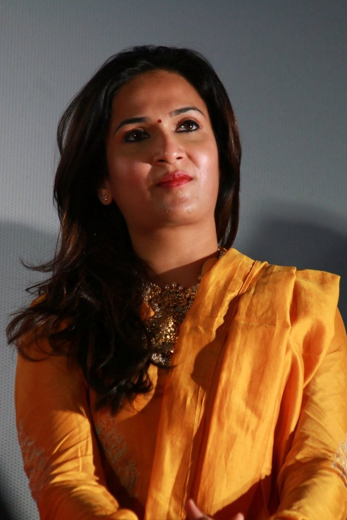 Soundarya Rajinikanth at VIP 2 Movie Press Meet Gallery