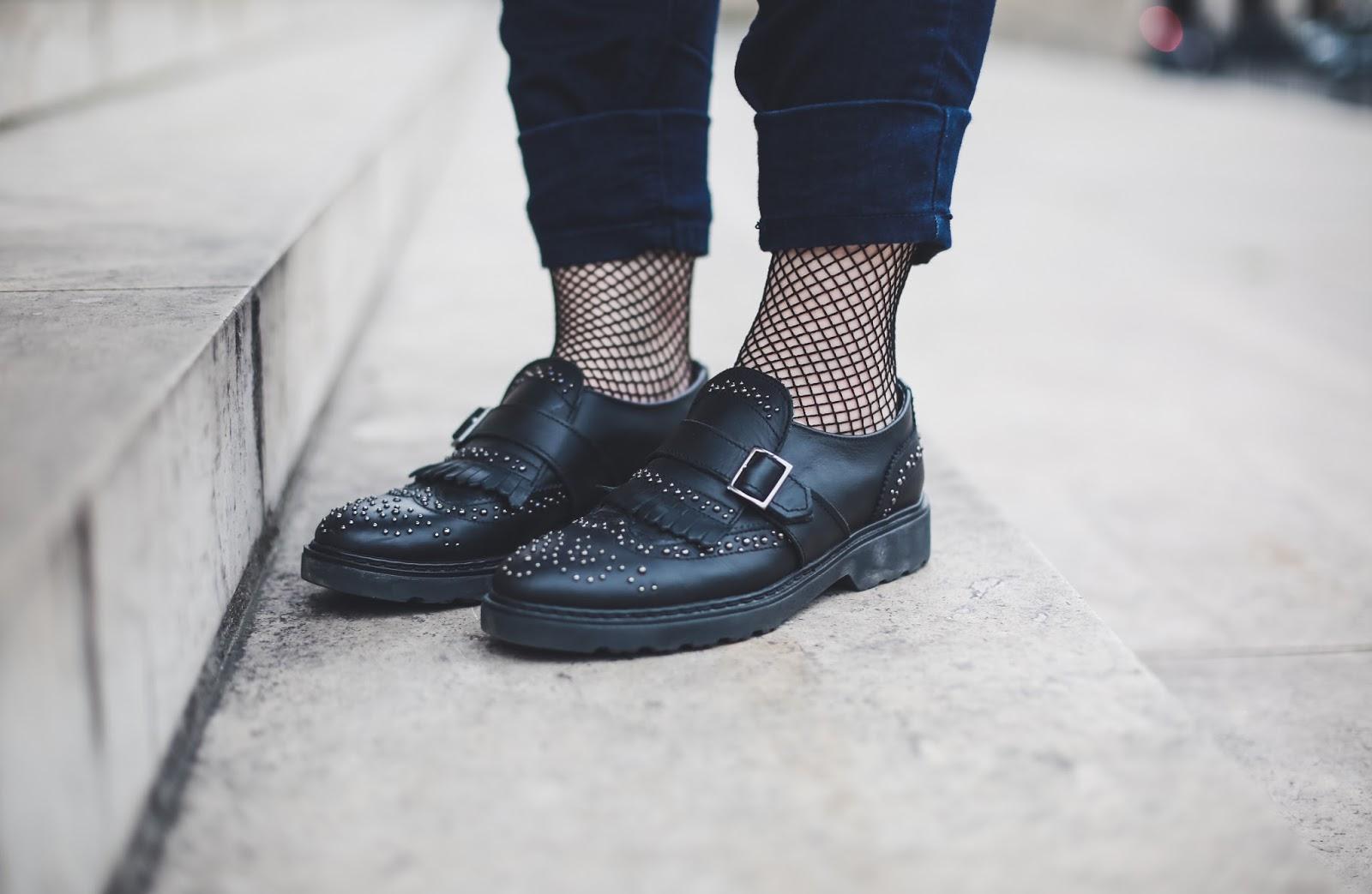 chaussettes résilles blog mode paris venus is naive