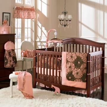 dormitorio bebé color coral