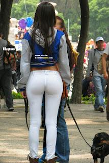 chicas lindas pantalones yoga