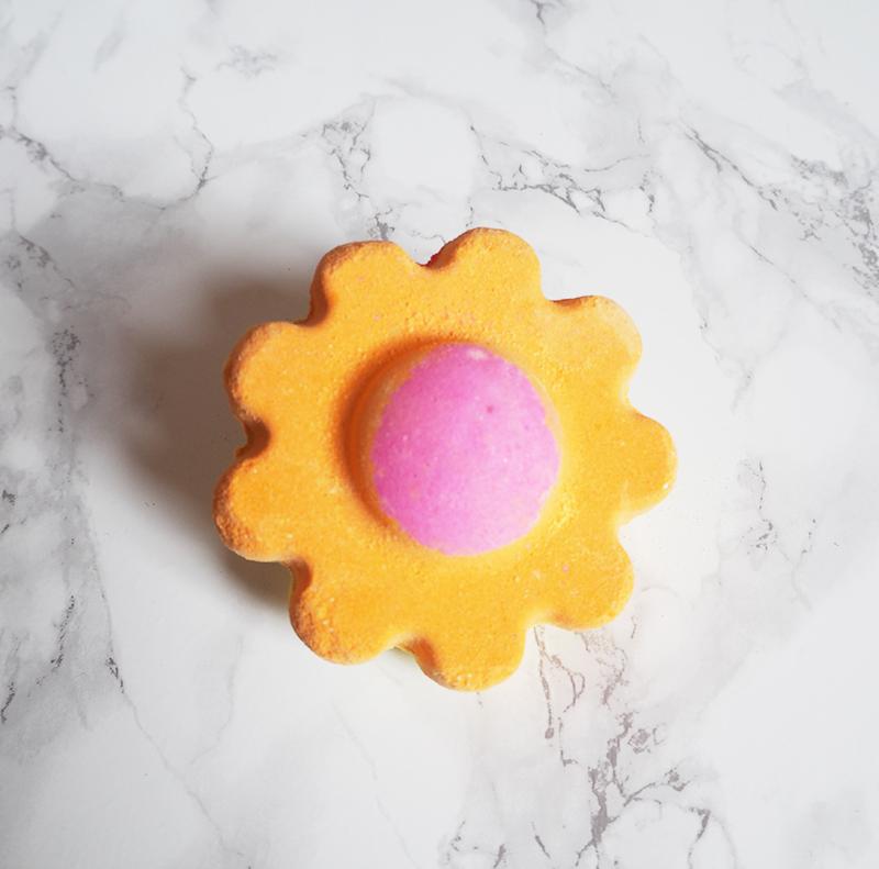 Ups-A-Daisy-Bath-Bomb