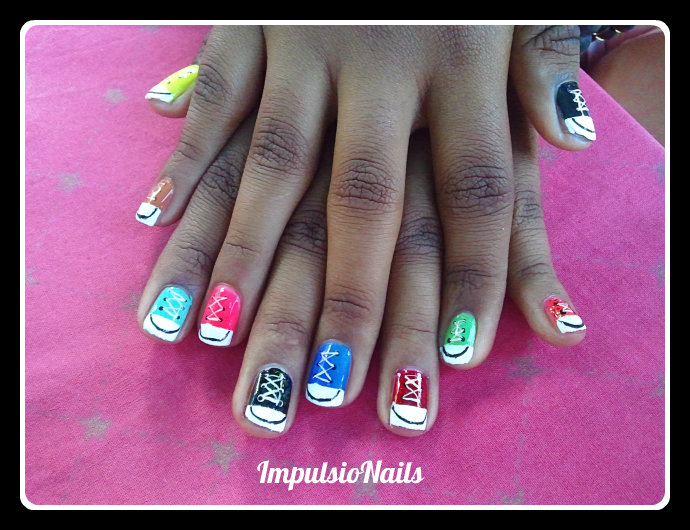 grazie kass 39 l 39 armoire nail art converse ongles courts 4. Black Bedroom Furniture Sets. Home Design Ideas