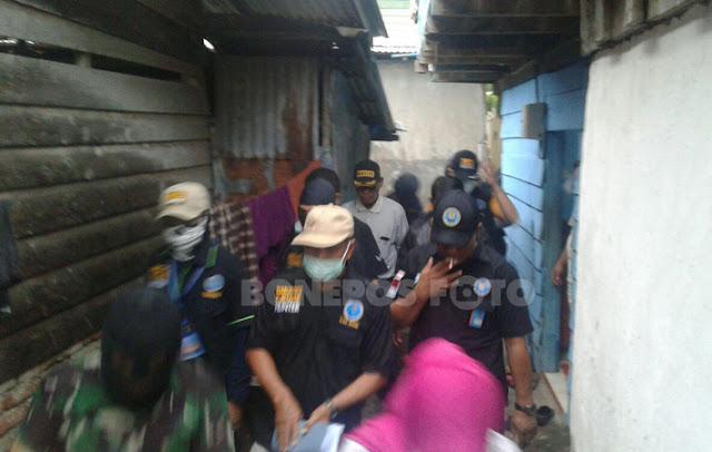 VIDEO: Begini Aksi Tim BNN Saat Gerebek Kampung Laccokkong Bone