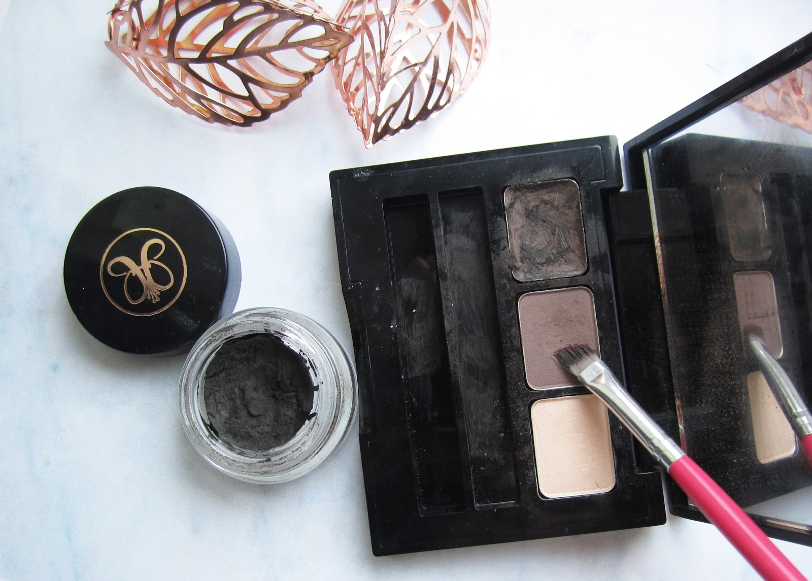Brow Powder SEVENTEEN
