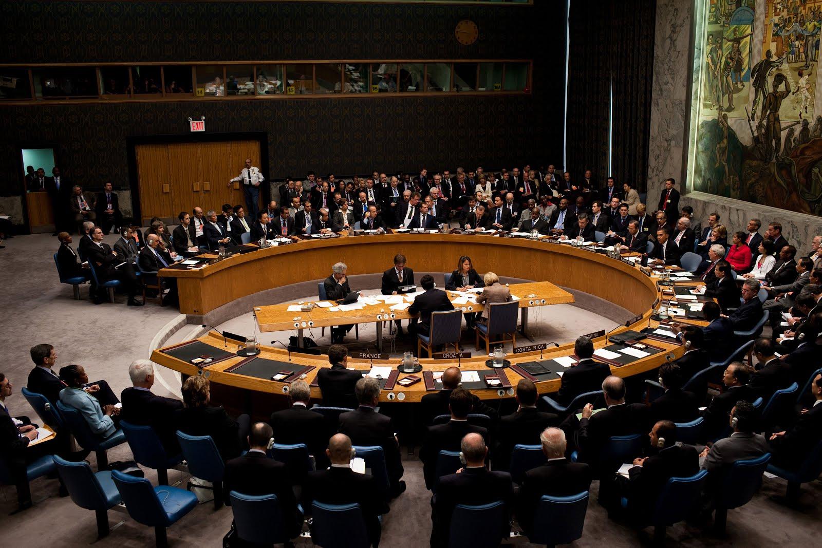 https://4.bp.blogspot.com/-F9kaWRffcBw/WXLw2pc1KEI/AAAAAAAAYro/m-EiSScAsrA2VdUlv1TQtdSjGOyl7s9DgCK4BGAYYCw/s1600/Barack_Obama_chairs_a_United_Nations_Security_Council_meeting.jpg