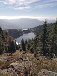 Legende am Fuß der Hornisgrinde: der Mummelsee