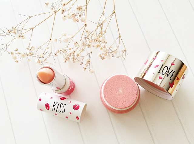 Clarins Kiss & Love