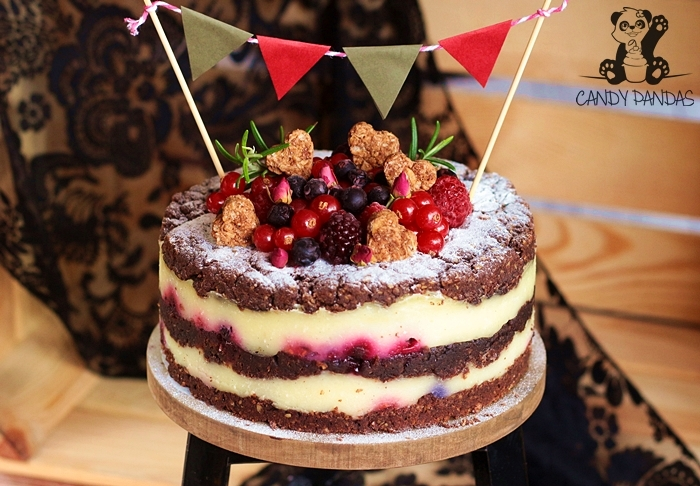 Tort kruchy z budyniem i owocami (bez glutenu, cukru białego, laktozy, wegański)