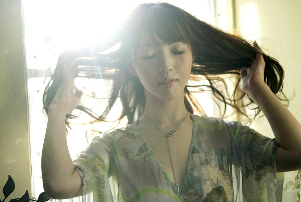 mae otsuka topless pics 02
