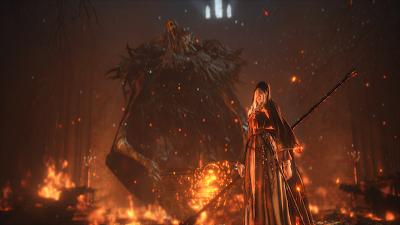 Bruja envuelta en fuego del infierno con demonio detras