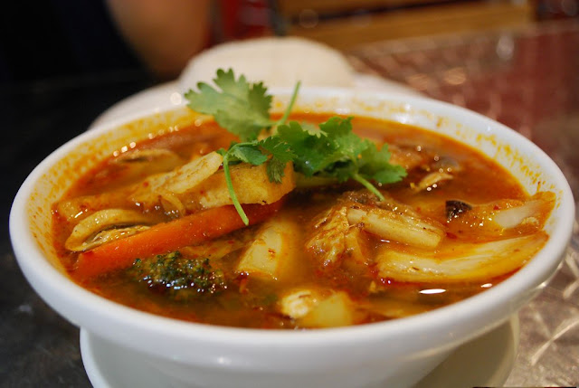 How to Cook Tom Yum Soup - RictasBlog
